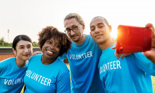 What You Need to Know Before You Decide to Volunteer