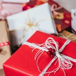 How to Save Money on Holiday Shopping