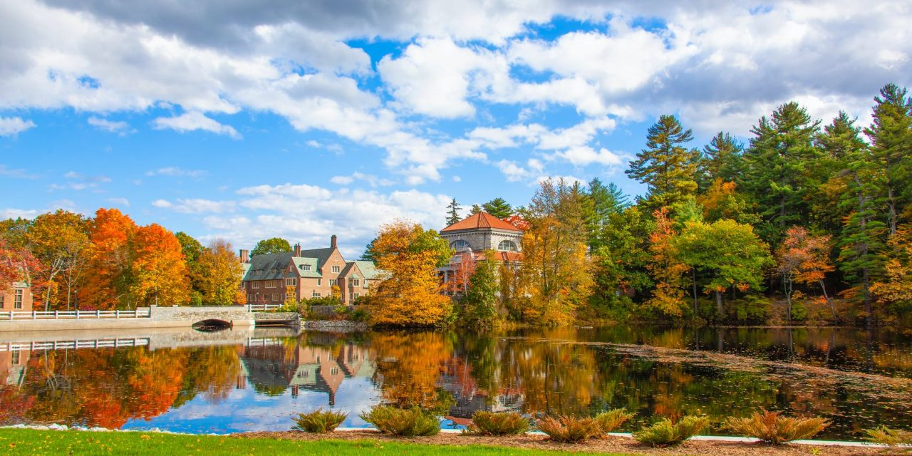 New Hampshire Offers Great College Scholarships to Students